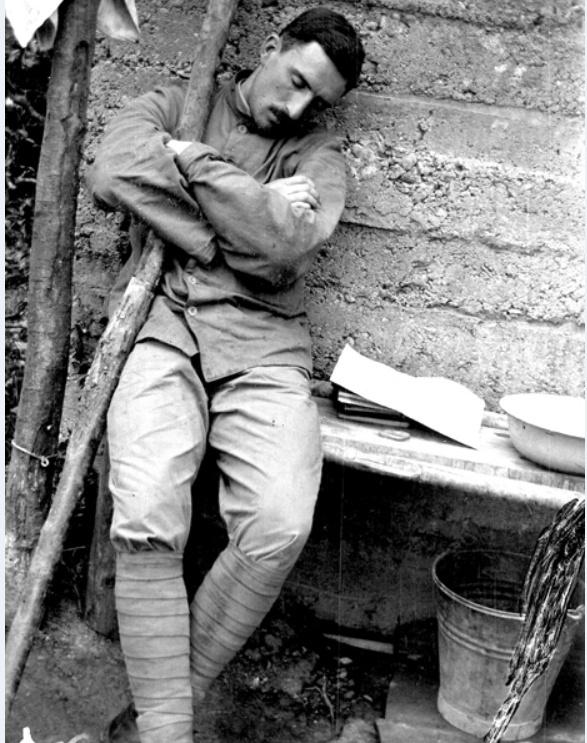 342 photos inédites de la Grande guerre !!! Gg34510