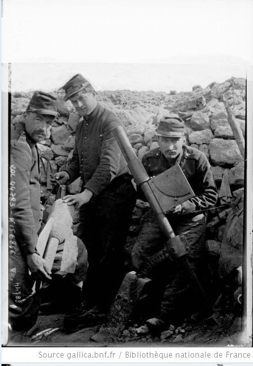 342 photos inédites de la Grande guerre !!! Gg4410