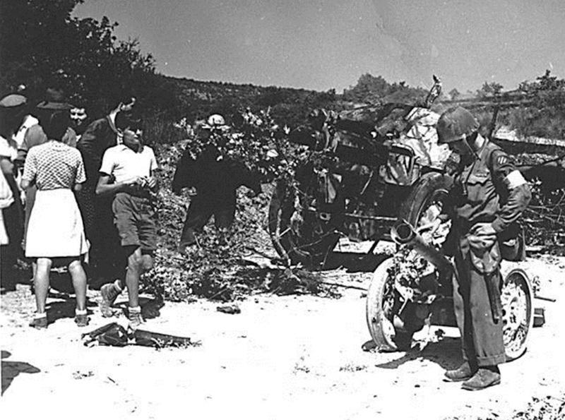La bataille de Montélimar, août 1944. M1810