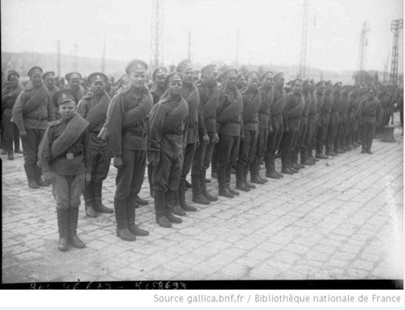 342 photos inédites de la Grande guerre !!! Sans_t26
