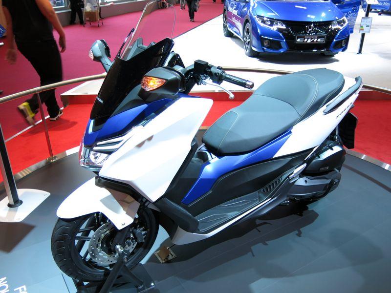 Nouveau Honda Forza 125 5210
