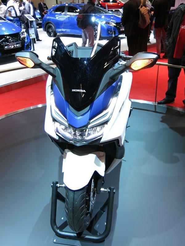 Nouveau Honda Forza 125 5310