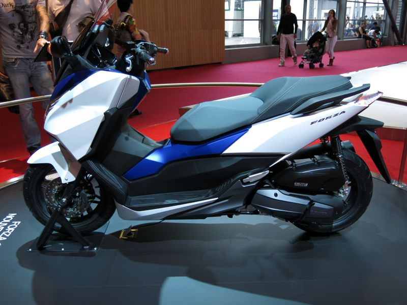Nouveau Honda Forza 125 5810