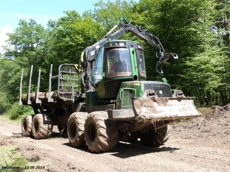 Porteur forestier (John Deere) P1260520