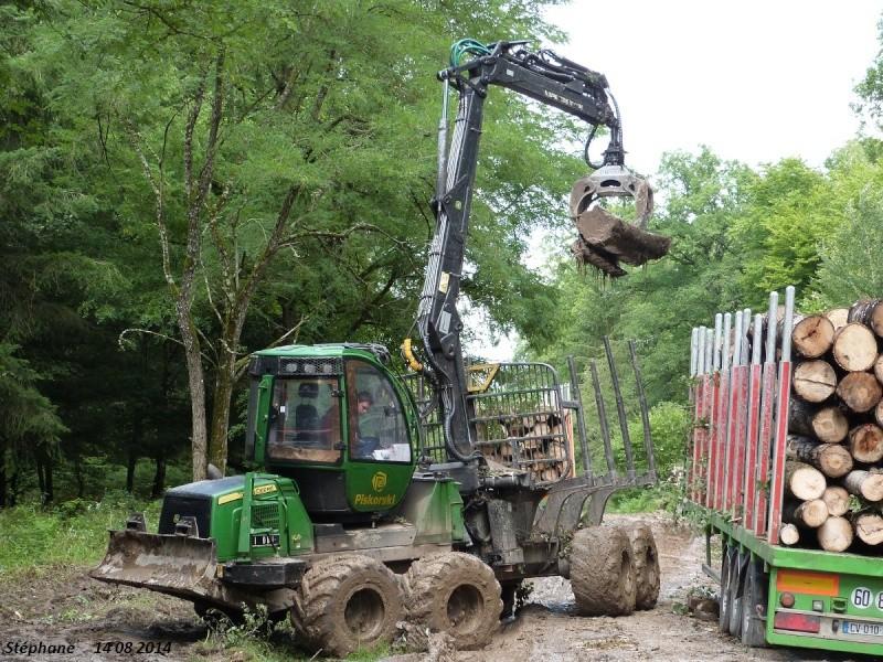 Porteur forestier (John Deere) P1260525