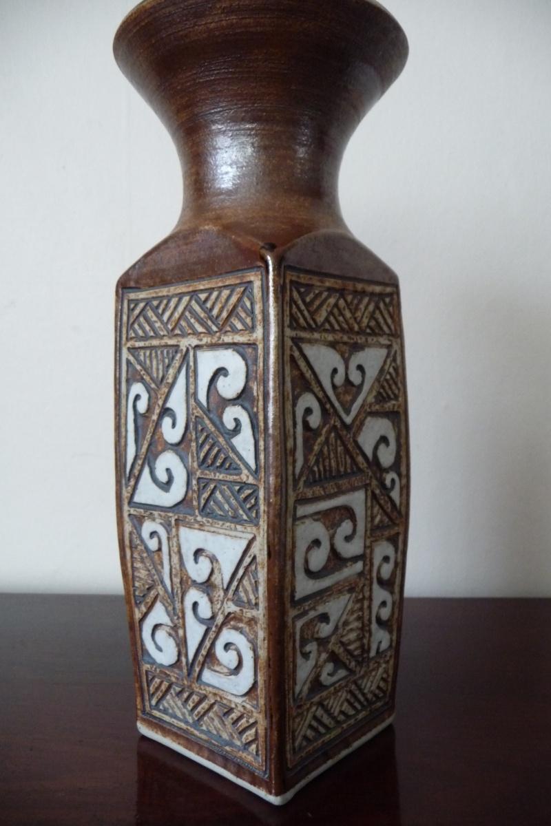 Te Maori Pottery - Louise Pickford P1050312