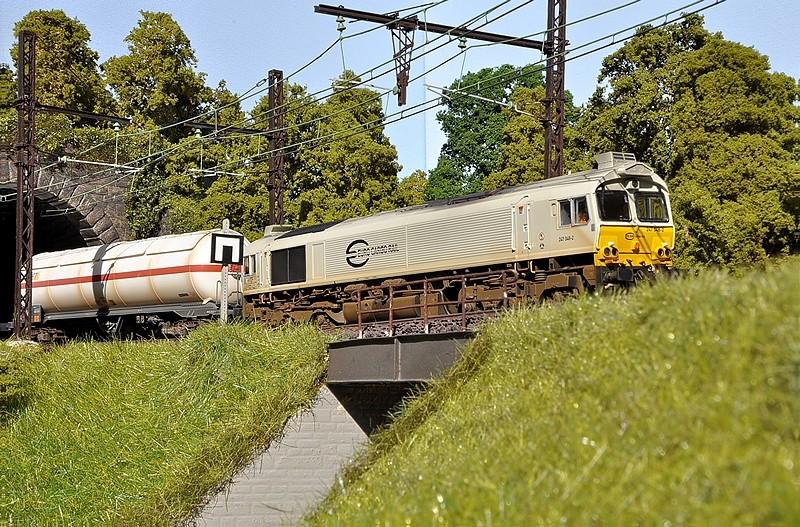 Mon réseau HO Saint-Vivien - Page 3 Class711