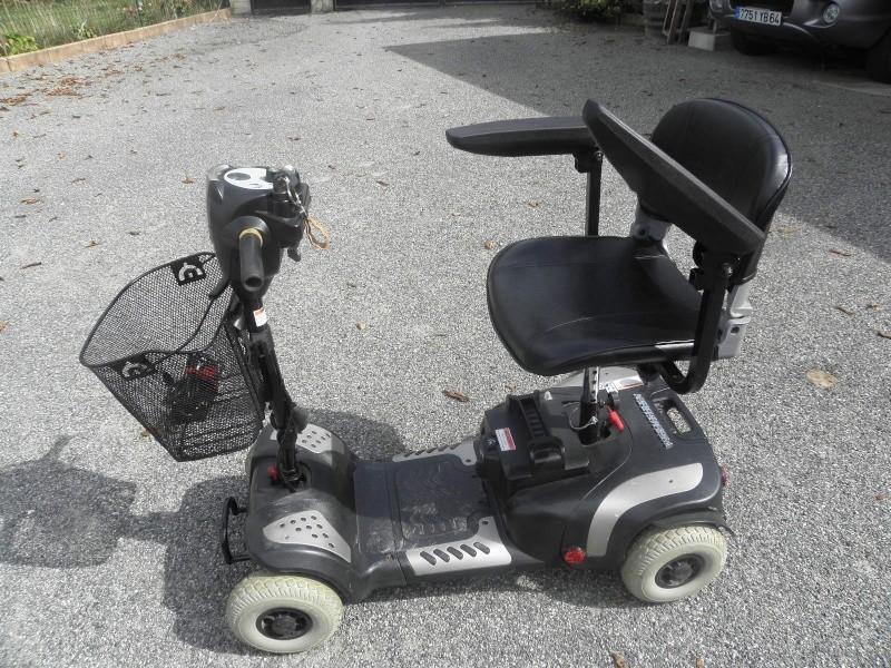 A vendre scooter électrique pour personne à mobilité réduite P8284010