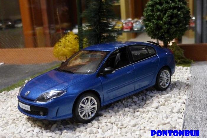 * 01 - Renault ( Les modernes post-1990 )  Dsc09521