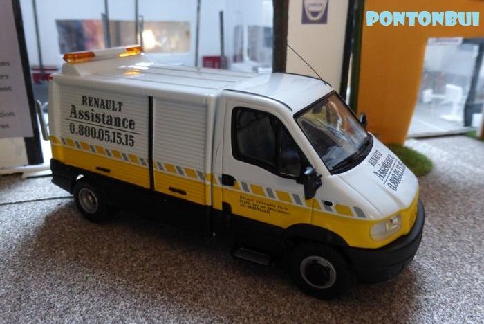 * 01 - Renault ( Les modernes post-1990 )  Dsc09522