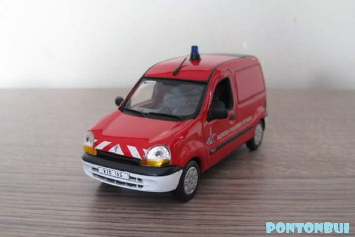 * 01 - Renault ( Les modernes post-1990 )  Img_0013