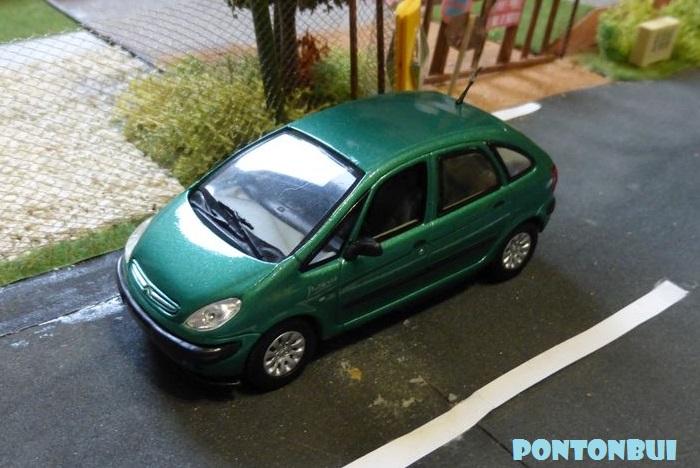 03 - Citroën ( Les Modernes Post-1990 )  P1010817