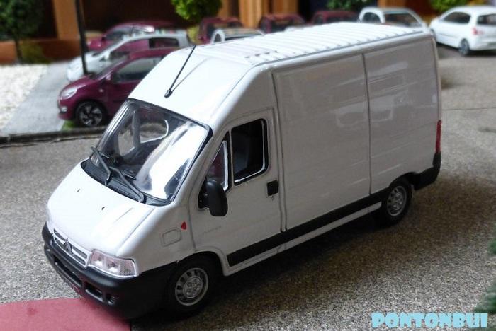 03 - Citroën ( Les Modernes Post-1990 )  P1010822