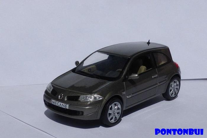 * 01 - Renault ( Les modernes post-1990 )  P1010918