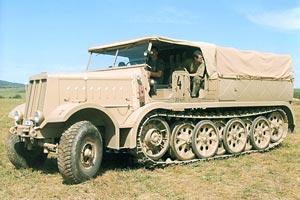 Gita nella rep. Ceca a caccia di ricambi  Sdkfz912