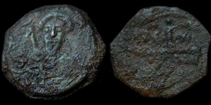 Byzantivm - l'histoire de l'empire byzantin et ses monnaies  - Page 2 1101-t12