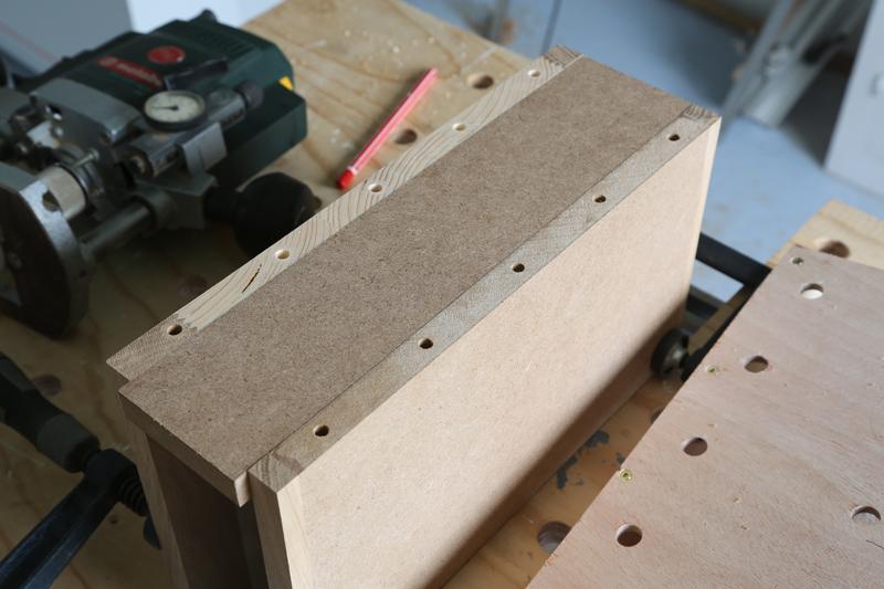 "[Fabrication] Table de salon ""hexaèdres""... - Page 2 27_mai13"