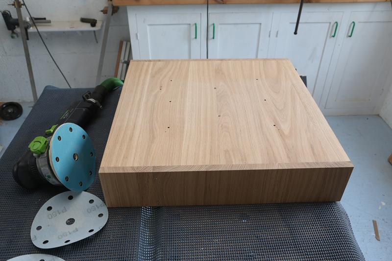 "[Fabrication] Table de salon ""hexaèdres""... - Page 2 31_mai10"