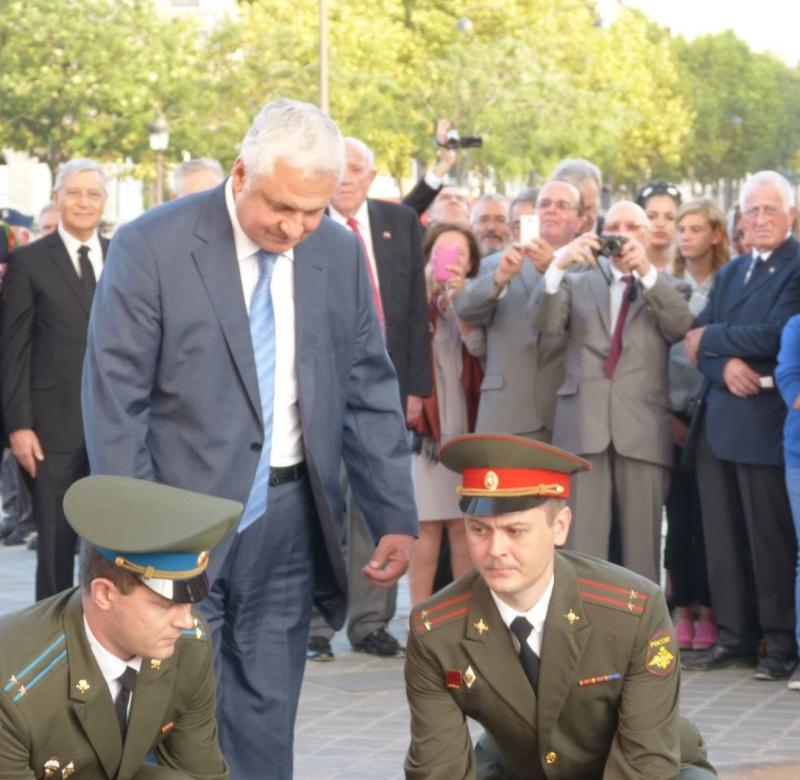 13 septembre 2014 Cérémonie Normandie Niemen aux Invalides et à l'Arc de Triomphe 6_dcpo10