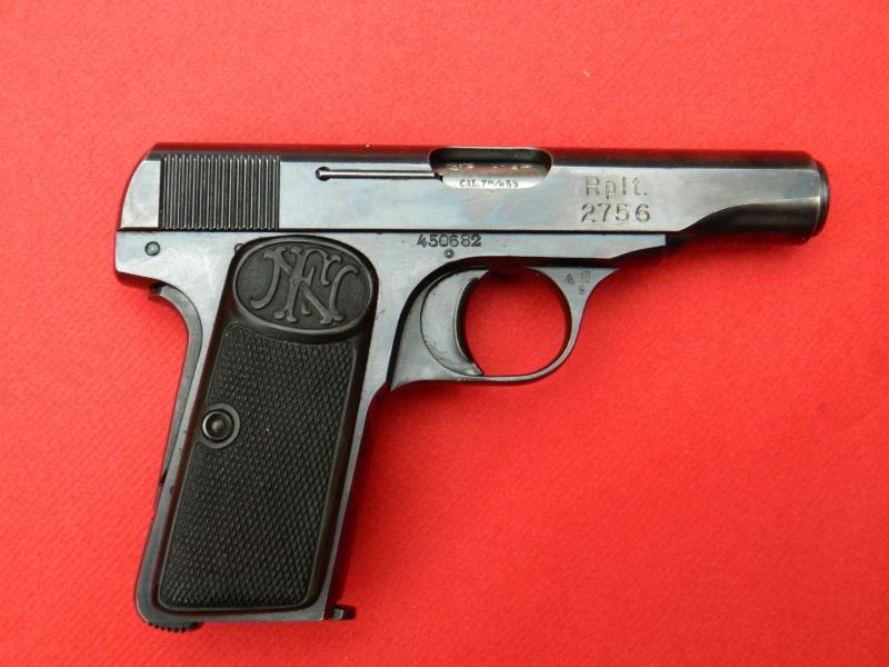 FN 1910 et 10/22 Danois Pistol14
