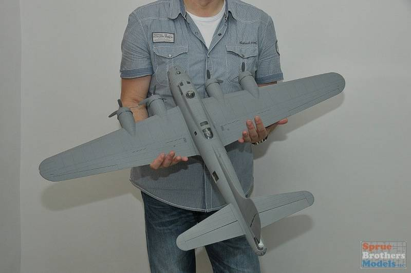Lockheed F-5B Lightning 1/32ème B1710