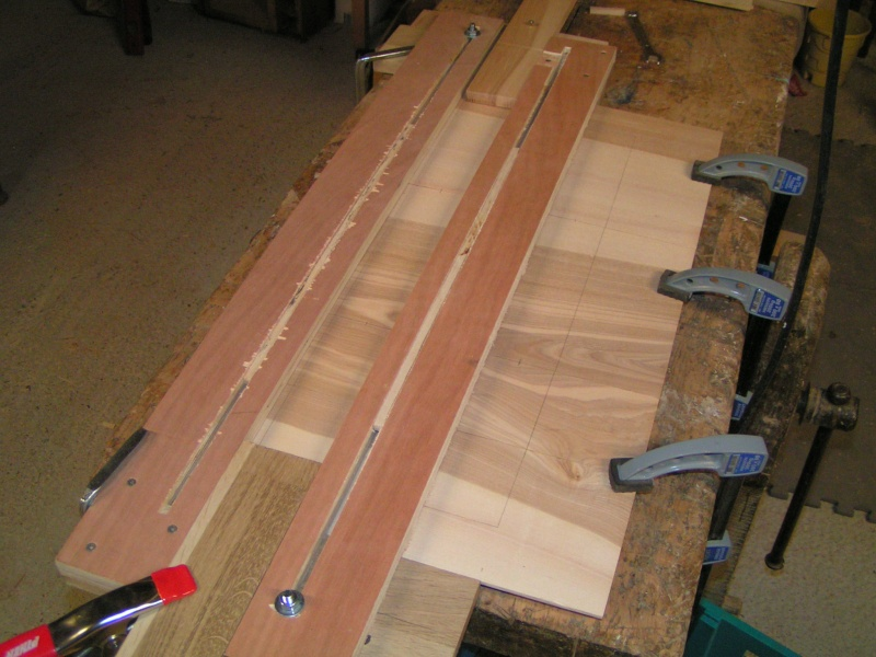 Fabrication d'une cuisine en frêne olivier - Page 2 Pict1717