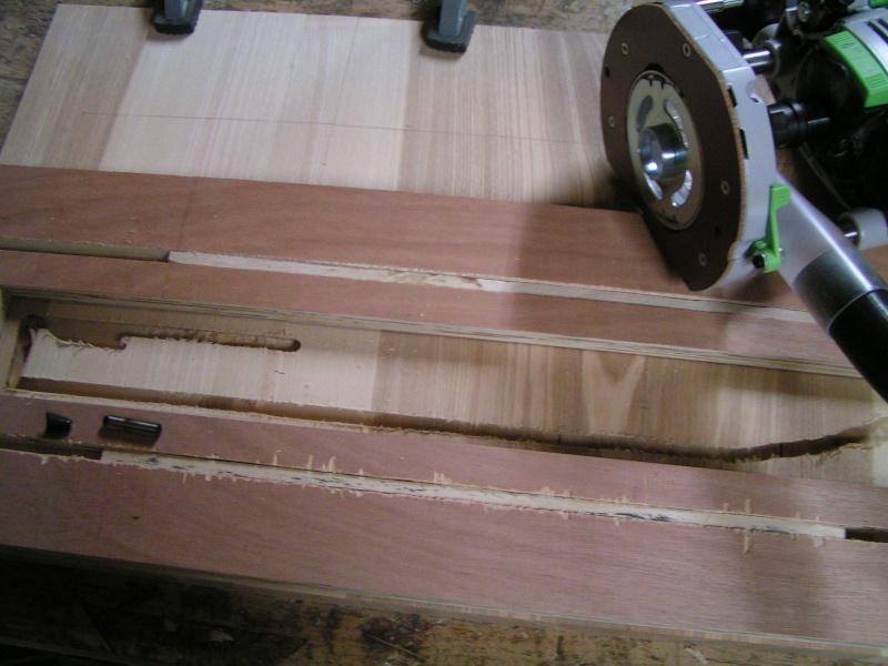 Fabrication d'une cuisine en frêne olivier - Page 3 Pict1719