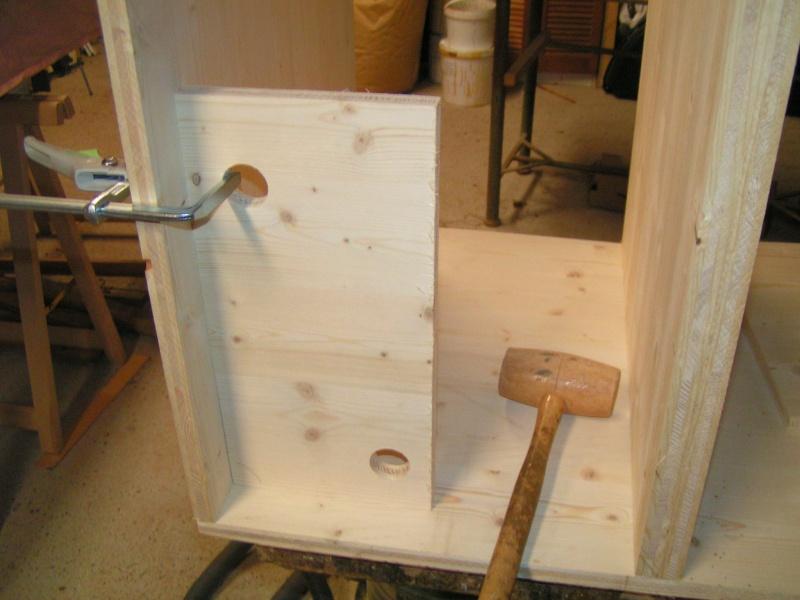 Fabrication d'une cuisine en frêne olivier - Page 5 Pict1735