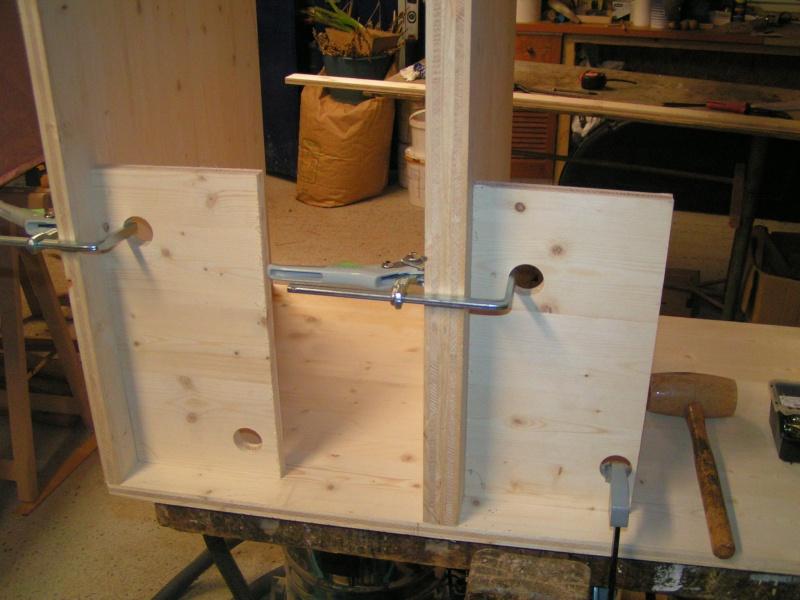 Fabrication d'une cuisine en frêne olivier - Page 5 Pict1736