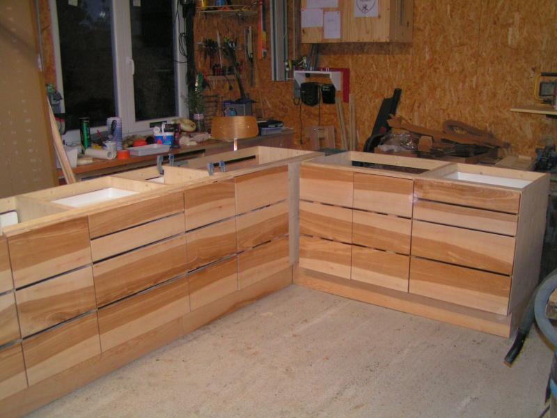 Fabrication d'une cuisine en frêne olivier - Page 5 Pict1742