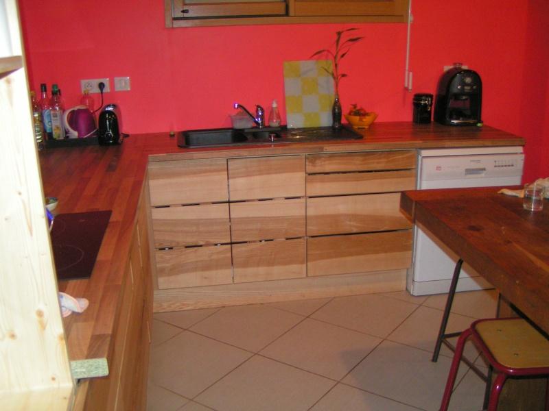 Fabrication d'une cuisine en frêne olivier - Page 6 Pict1746