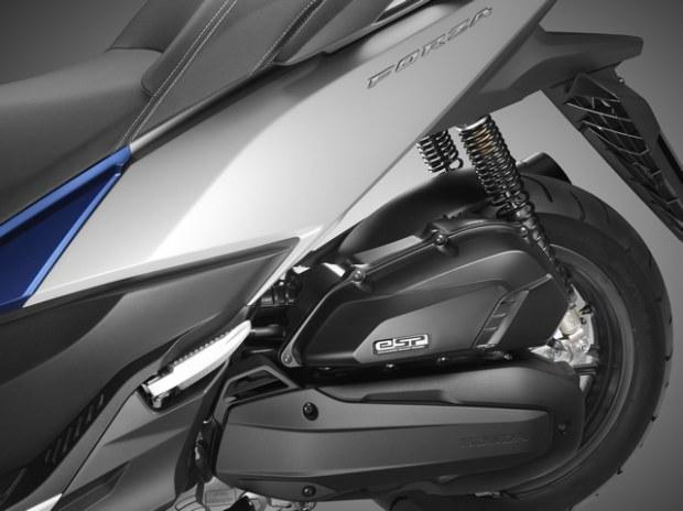 Honda Forza 125 Un xmax killer?? Honda-18