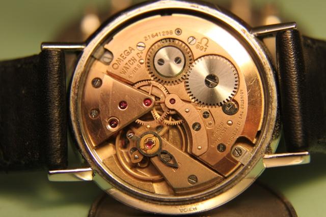 vulcain - [Postez ICI vos demandes d'IDENTIFICATION et RENSEIGNEMENTS de vos montres] - Page 12 Img_3313
