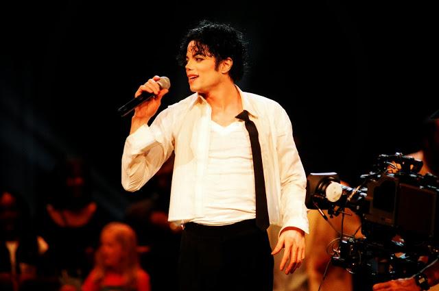 Curiosità varie su Michael Jackson - Pagina 21 13663910