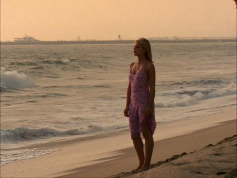 Photos diverses de la série [Captures] - Page 2 Buffy_13