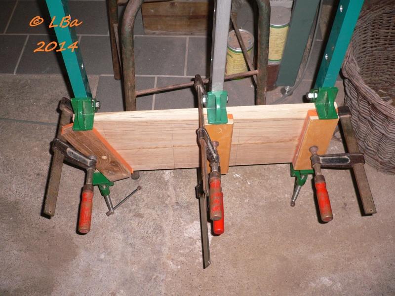 Guéridon fait de chutes de bois d'arbre Collag10