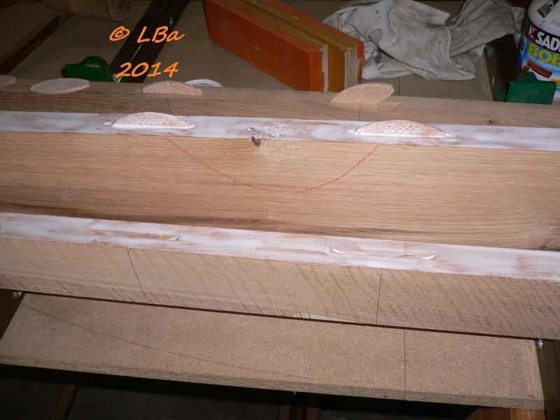 Guéridon fait de chutes de bois d'arbre Encoll10