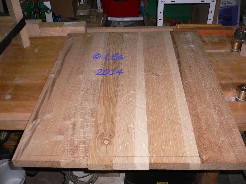 Guéridon fait de chutes de bois d'arbre Platea11