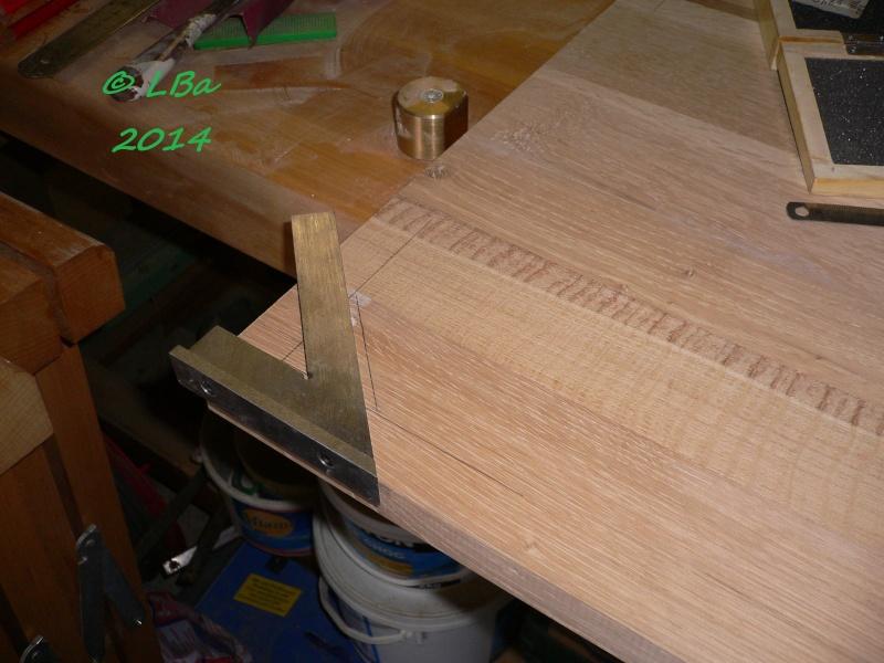 Guéridon fait de chutes de bois d'arbre Platea16