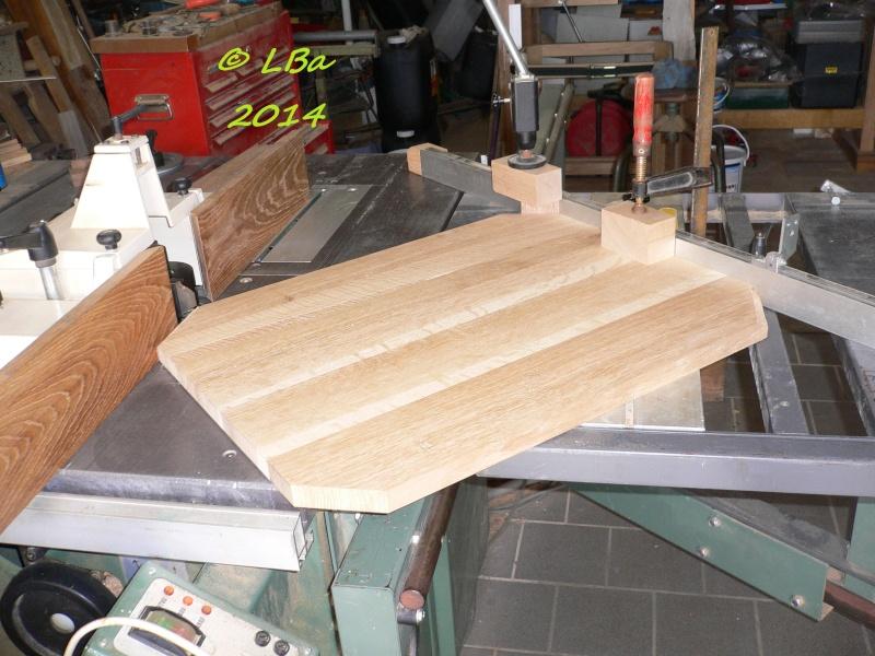 Guéridon fait de chutes de bois d'arbre Platea20