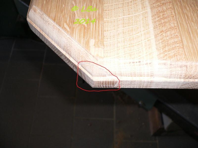 Guéridon fait de chutes de bois d'arbre Rapara10