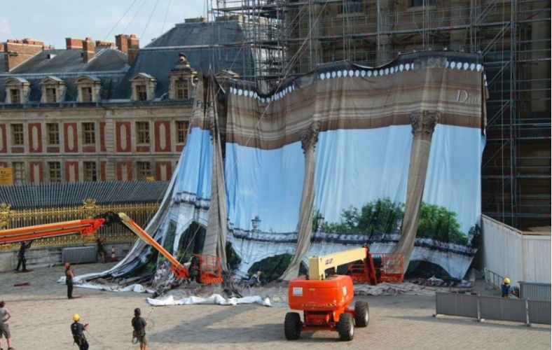 Dior et Versailles Metron11