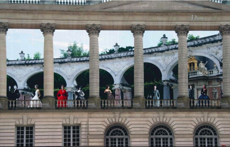 Dior et Versailles Metron13