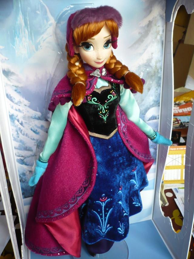 Disney Store Poupées Limited Edition 17'' (depuis 2009) - Page 39 P1170455