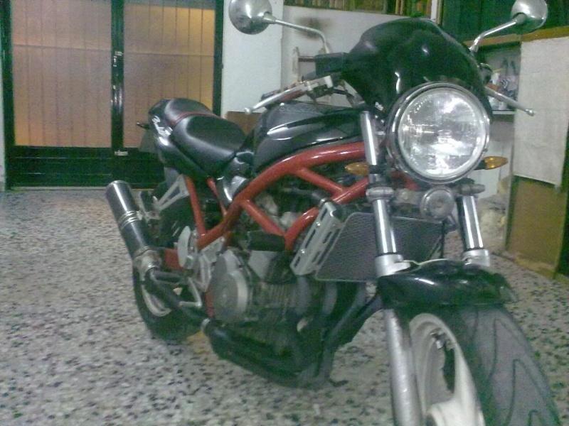 hola buenas a todos los aficionados d bandida400 y motos en general 09092010