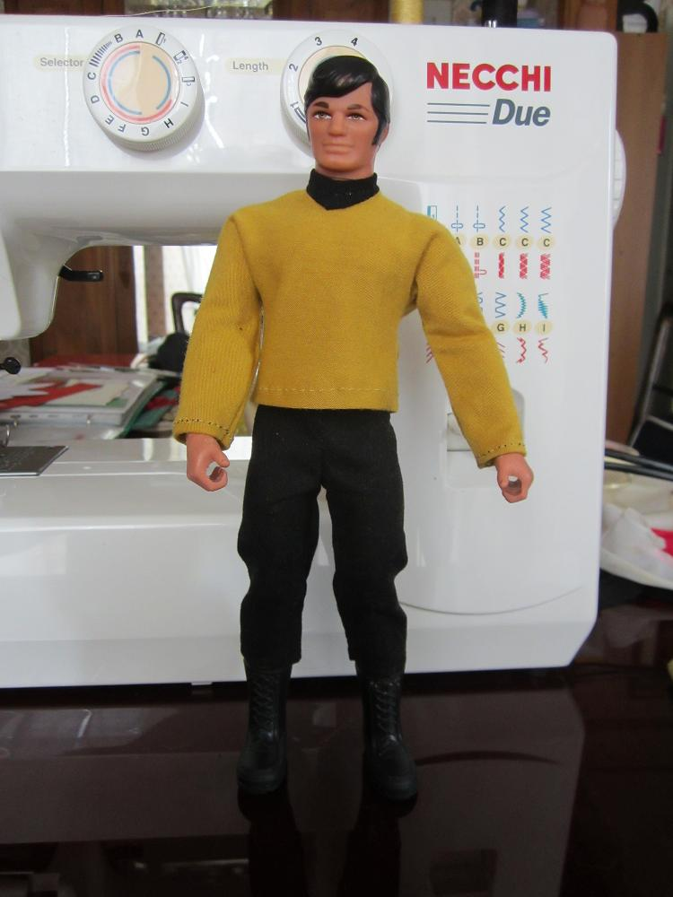 STAR TREK Big Jim Kirk Big_ji10