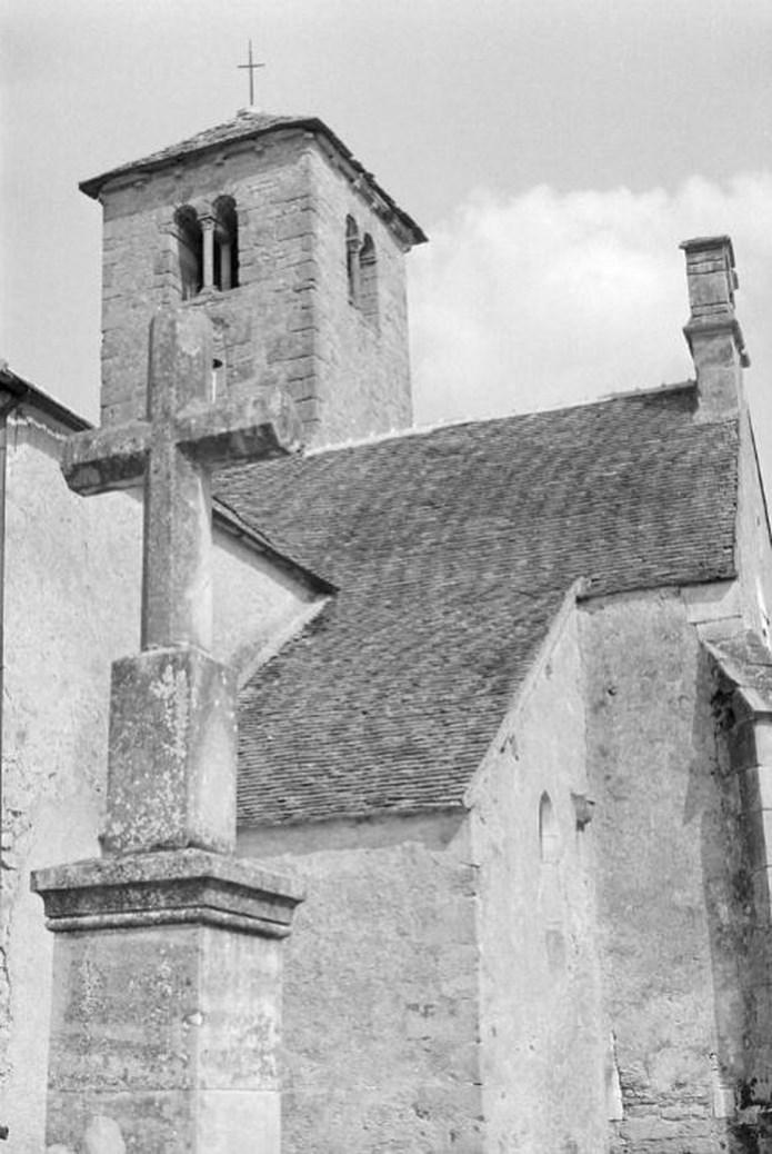 Présentation de l' ASSOCIATION POUR LA SAUVEGARDE DE L'EGLISE DE SAINT-HURUGE Archiv20