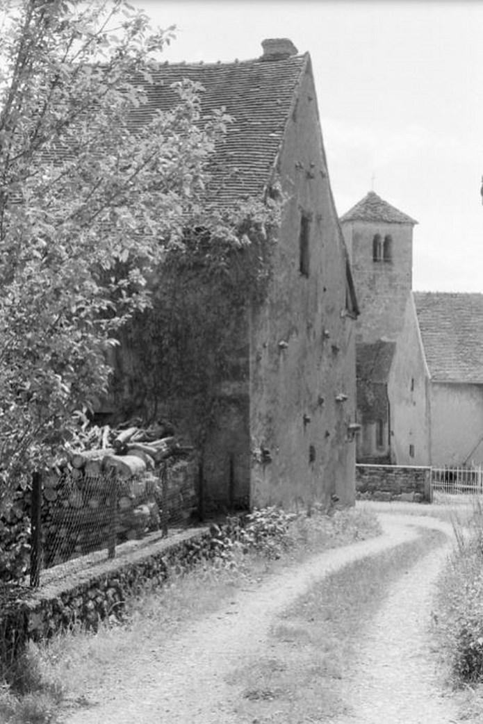 Présentation de l' ASSOCIATION POUR LA SAUVEGARDE DE L'EGLISE DE SAINT-HURUGE Archiv21