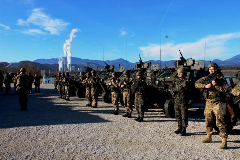 Slovenian Armed Forces / Slovenska vojska - Page 2 10171