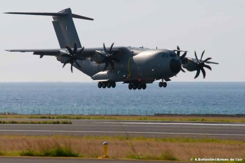 Airbus A400M - Page 13 1207